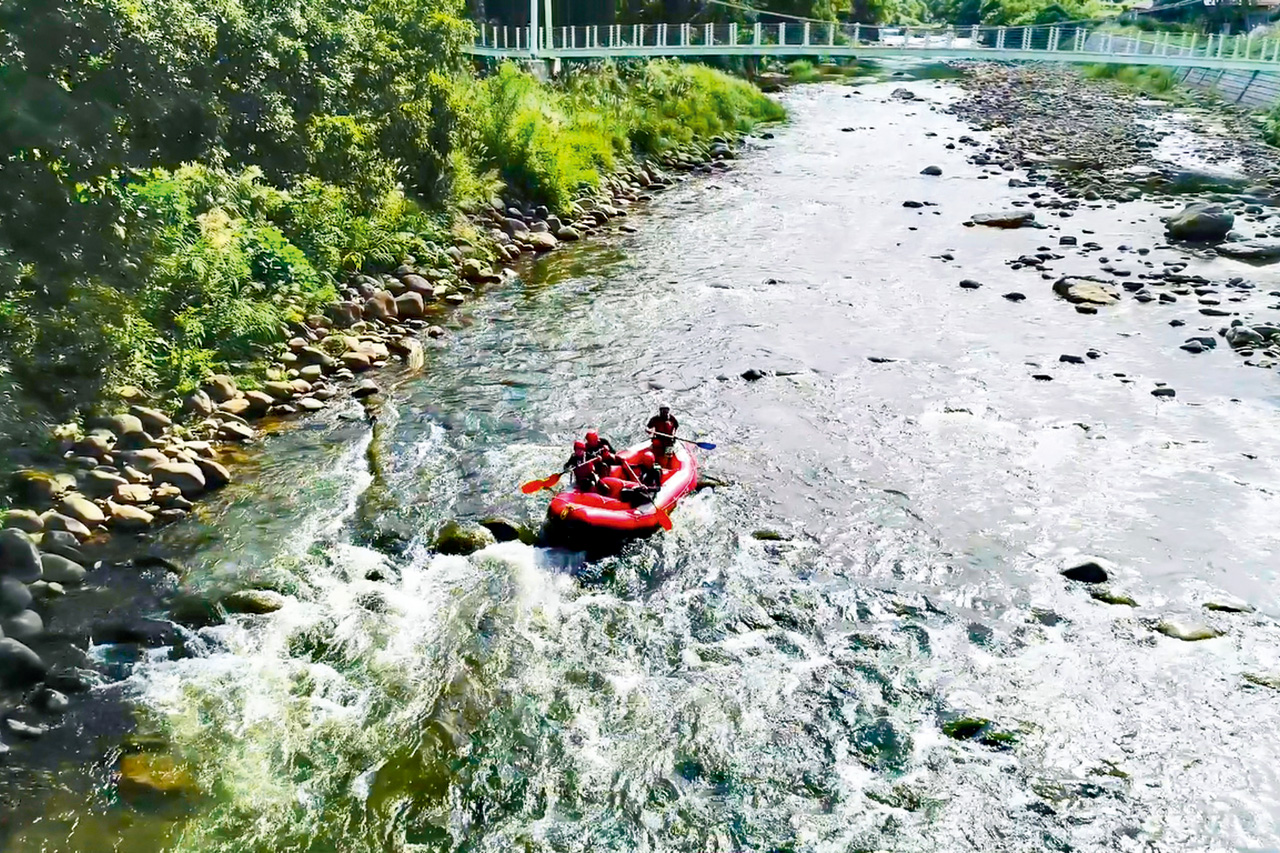 Enjoy exhilarating rafting and challenge the white waters